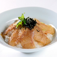 一子相伝のたれが決め手! 鯛茶漬「うれしの」8食セット | 有限会社若栄屋・大分県