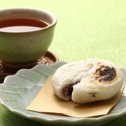 砂糖不使用 あずきの風味をひきたてる塩あん餅 『白』5個セット | 有限会社川田餅本舗・山口県