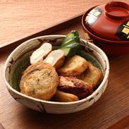 新鮮な魚肉の旨みを、そのまま引き出した こだわり派! 季節の薩摩揚げ(大) | 有限会社カワノすり身店・鹿児島県