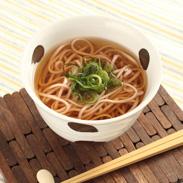 名勝・偕楽園で採れた 梅の梅酢を使用した茨城の味  梅うどん 12個セット| 青木製麺工場・茨城県