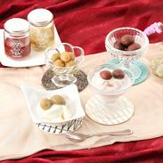摘果作業で落とされる小桃を有効活用 若桃のワイン煮(赤・白セット) | 久津間青果・山梨県