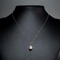 本真珠 ホワイトゴールドネックレス メレー入り〔真珠9.0〜9.5mm珠・チェーンK10WG約40cm・トップK14WG〕