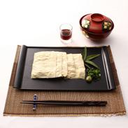 国産大豆と富士山の伏流水だけで作った 無添加の生湯葉・清水(せいすい) | 武州屋・山梨県