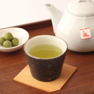 飲むとほっこり 家族皆で しあわせ気分〈 笑門来福 しあわせ茶 〉ティーバッグ(5g×15) 抹茶・昆布入玄米茶 | 舞妓の茶本舗・京都府