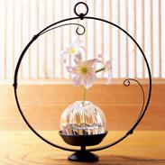 季節折々 風景楽しむ 伝統品を現代に〈 風鈴 風の音 〉 | 鍛冶工房弘光・愛知県