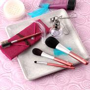 良質な素材と高い品質 熊野化粧筆 〈 発色が綺麗な4本セット 〉筆包み付 | 有限会社瑞穂・広島県