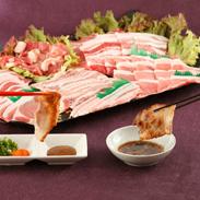 大自然の恵 こだわり飼育の味をお届け〈 本土最南豚 〉焼肉・しゃぶしゃぶセット | 農事組合法人岬養豚・鹿児島県