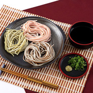 美味しい、楽しい!うどんとそばのコラボ 若狭 うそば3色セット 株式会社 ワカサ商事・福井県