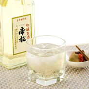 贈答用におすすめ 帝松(みかどまつ)長期熟成吟醸古酒(桐箱入) 720ml[吟醸古酒]