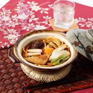 八丁味噌の深い味わい 味噌煮込うどんセット