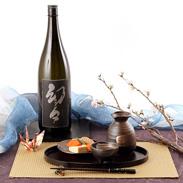 三ヶ根山麓の軟水で醸造した吟醸酒  清酒 純米大吟醸 幻々 箱入 1.8L[純米大吟醸酒]