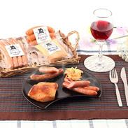 鹿児島産の豚肉・国産の桜のチップ使用  豚とろハム・ソーセージセット
