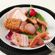 蔵特選 ハム・ソーセージ贅沢セットC〔炭火焼き焼き豚、スモークベーコンブロック×2、ロースハムスライス×2、粗挽きポークソーセージ、チーズソーセージ、バジルソーセージ、クラコウ×各1〕