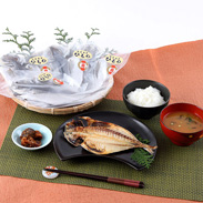 安心と安全の無添加 魚栄天日干し鯵の干物10枚セット | 魚栄商店・静岡県