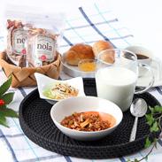 『アップルシナモングラノーラ』無糖ドライりんごぎっしりパック|ファームキッチンフジタ・北海道