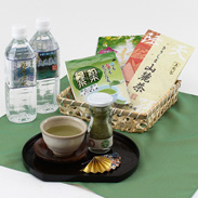 お茶本来の甘さと香り 鹿児島お茶発祥の地 霧島山麓湧水茶・名水百選丸池セット