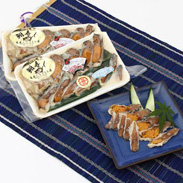 お歳暮・お中元に最高の鮒ずしセット 天然ニゴロ鮒寿司スライスミニ4個箱入り