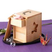 素朴な木の温かさを感じる 京都美山で作られたお弁当箱 遊山箱