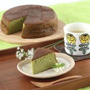 しっとりとろける食感 パテシェ40年の歴史・抹茶バターケーキ |アクト中食株式会社・広島県
