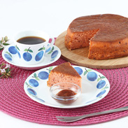 しっとりとろける食感 パテシェ40年の歴史・苺バターケーキ