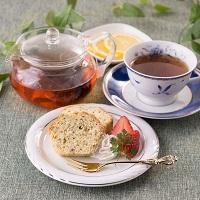 紅茶スペシャルセレクト ティータイムギフト〔ティーバッグ2種×各15・パウンドケーキ×1〕