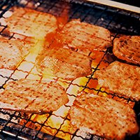 味の牛たん喜助 牛たん詰合せ(M-2)〔牛たんしお味180g×1、牛たんたれ味180g×1〕