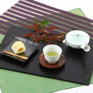 お茶の芸術品  宇治特撰玉露「豊茗」