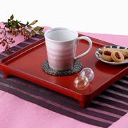 加賀百万石の華やかな色彩美を銀箔で表現 銀彩ピンク マグカップ 九谷焼