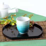 伝統の技が食卓をさらに豪華に美味しく演出 銀彩緑 湯呑 九谷焼