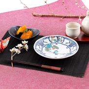 色絵装飾が華やかで美しい 染付丸紋花鳥 5.8号皿揃