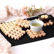 食卓に木のやさしい温もりを 木製編物コースター5個セット