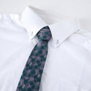 天然繊維で織りあげました。 ぶどう柄ネクタイ