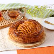 甘さ控えめのやさしい味わい アップルパイ