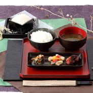 ふっくらと甘く炊き上がります  富山こしひかり 米1番(5k・精米)