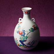 香蘭社 色絵岩菊 花瓶〔高さ27×径16�p(口径7�p)〕