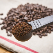 煎りたてスペシャリティーコーヒー飲み比べセット(中挽き) イエムラコーヒー 愛媛県 少量ずつ焙煎した香り抜群の新鮮な豆