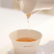 グレイスピースギフトPP 株式会社TBエンタープライズ 富山県 秘境黒部の神秘の水で茶葉本来の香りや甘みを引き出した紅茶