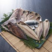 ひものセット 有限会社魚伝 神奈川県 秘伝の製法で一枚一枚丁寧に仕上げた干物を神奈川・真鶴から直送します