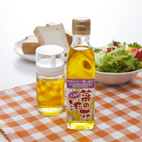 菜の花油 天の川・菜の花油工房 北海道 オレイン酸63.7%含有。越冬した生の「ナタネ」をそのまま搾った生一番搾りのナタネ油