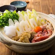 新鮮食材きりたんぽ鍋セット 水木食品ストア 秋田県 秋田産米で作ったきりたんぽと新鮮野菜、地鶏肉の詰め合せ