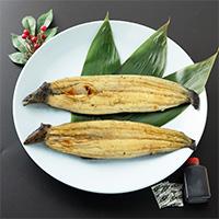ヤマウフーズ 三河一色鰻 鰻蒲焼セット〔ウナギ150g×2・タレ50ml×1・山椒2g〕