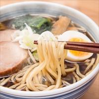 厳選した小麦粉(一等粉)100% 北海道らーめん 2種2食〔生麺120g×2・スープ(醤油・味噌)×各1〕